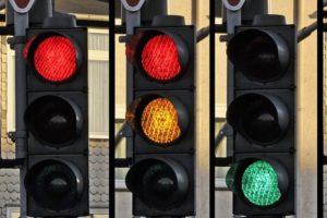 traffic-light-876050_960_720-600x534